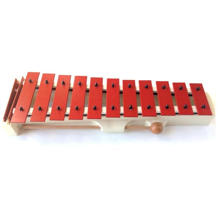 Godt instrument med stålstave og en lang efterklang