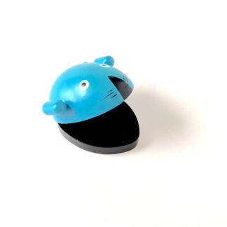 en sød rytmemus i blå