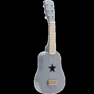 Grå legetøjs guitar med seks strenge