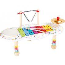 Aktivitetsbord til børn med fire musikinstrumenter