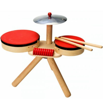 trommesæt med to trommer bækken og guiro