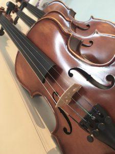 Tre violiner