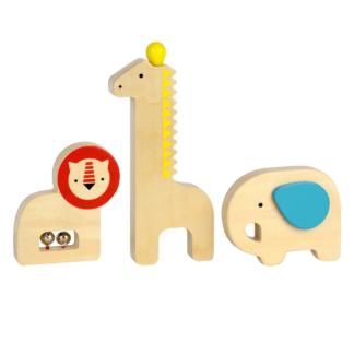 Tre baby musikinstrumenter i træ, løve, giraf og elefant